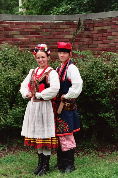 Dolina Polish Folk Dancers in Krakowiak costumes