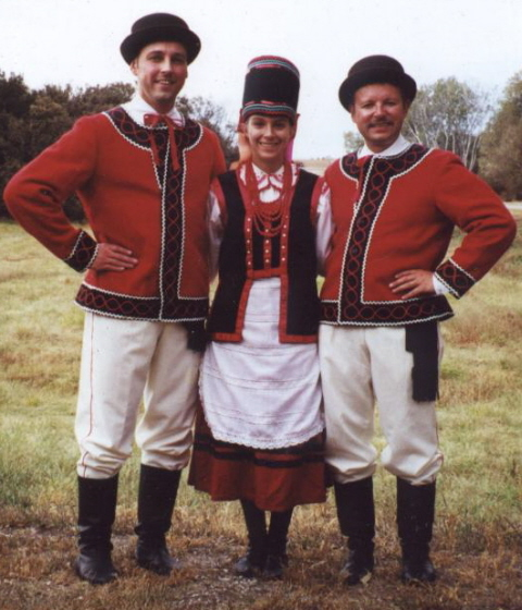 Dolina Polish Folk Dancers in Kurpie costumes