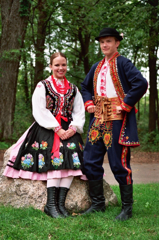 Dolina Polish Folk Dancers in Nowy Sacz costumes