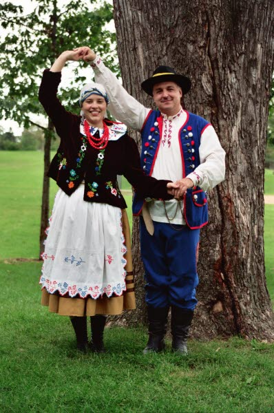 Dolina Polish Folk Dancers in Rzeszow costumes