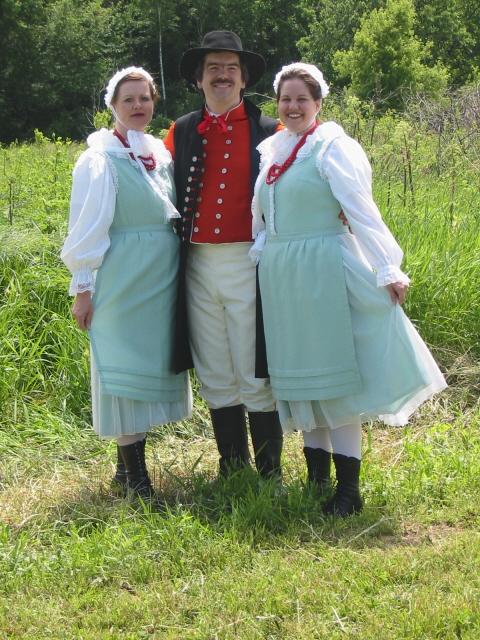 Dolina Polish Folk Dancers in Wielkopolska costumes