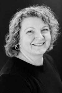 Ewa Petros (Dance Instructor)